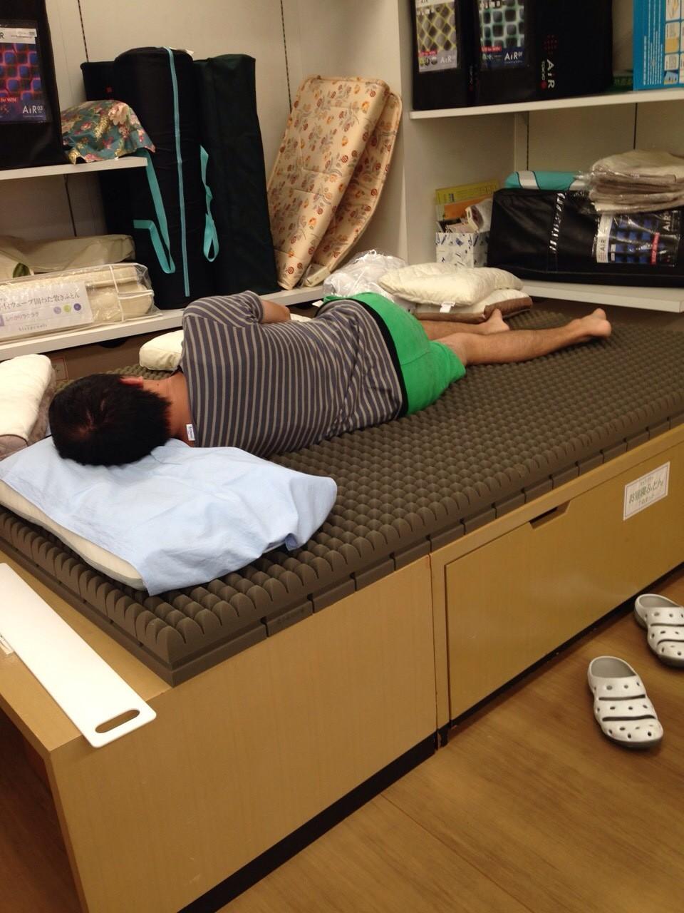 夢幸望ハヤカワ 敷きふとんと枕を購入していただきました!